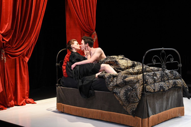 Review:  Revenge Served Very Hot in The Warehouse's Devious 'Liaisons Dangereuses'